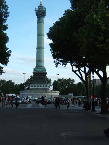 Place de Bastille picture